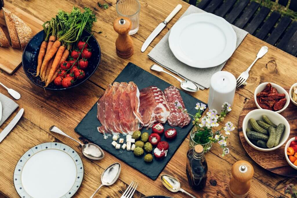 Table settings with appetizers for a brunch party