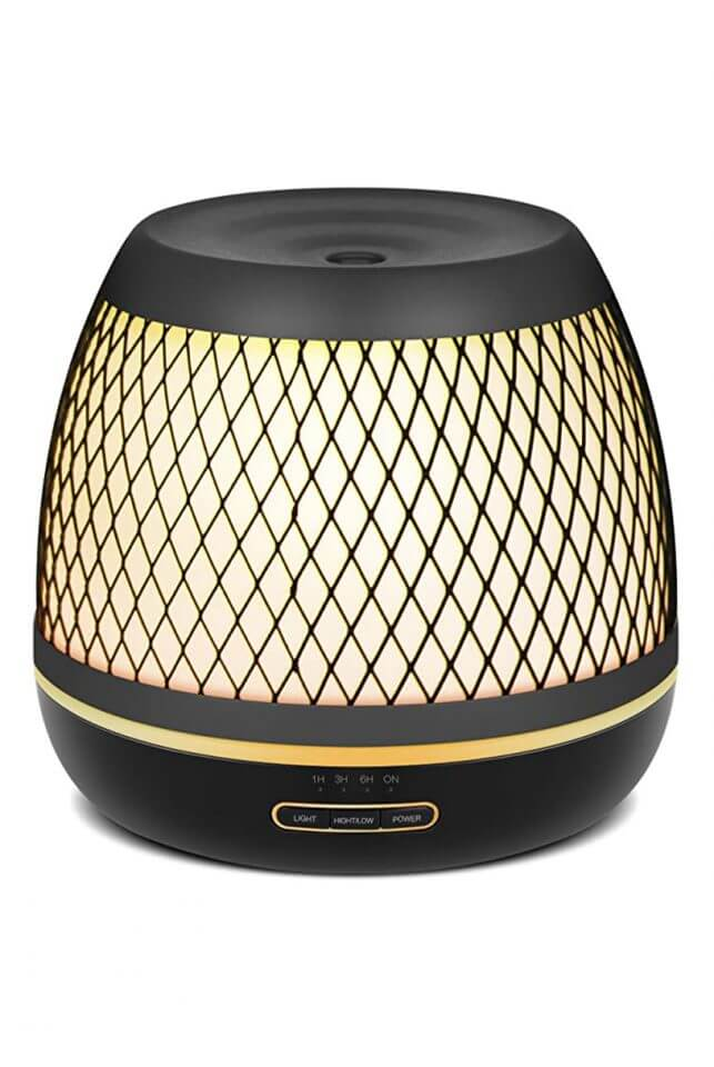 15 Thoughtful Housewarming Gift Ideas essential oil diffuser