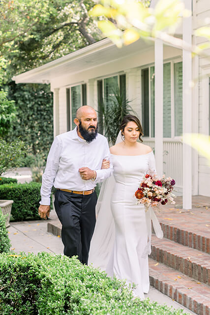father of the bride A Cozy and Picturesque House Elopementin Sunny California