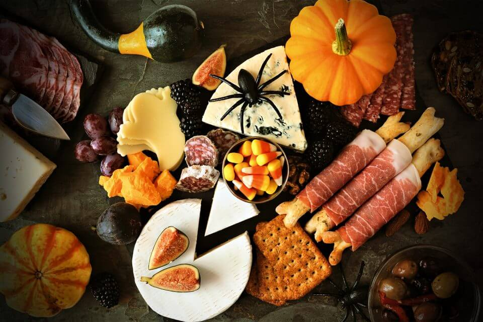 13 Thrilling Halloween Party Themes for Kids fall spooky snacks